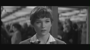 Shirley-in-The-Apartment-shirley-maclaine-5246028-1280-720