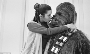 This is for all you Leia/Wookie shippers out there!